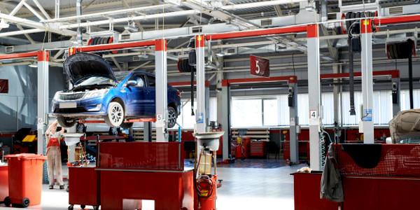 Warsztat samochodowy – konstrukcje i wyposażenie